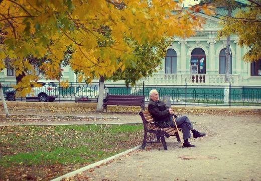 Für Senioren wird eine eingeschränkte Mobilität zunehmend zum Problem.