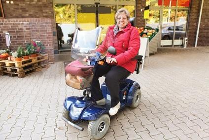 Bild Elektromobil Test als Einkaufshilfe