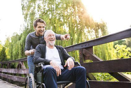 Bild - gewohnt mobil mit Rollstuhl