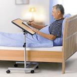 Pflegehilfsmittel Beistelltisch